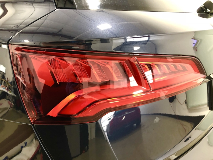 Audi Coating Tail Lights.jpg