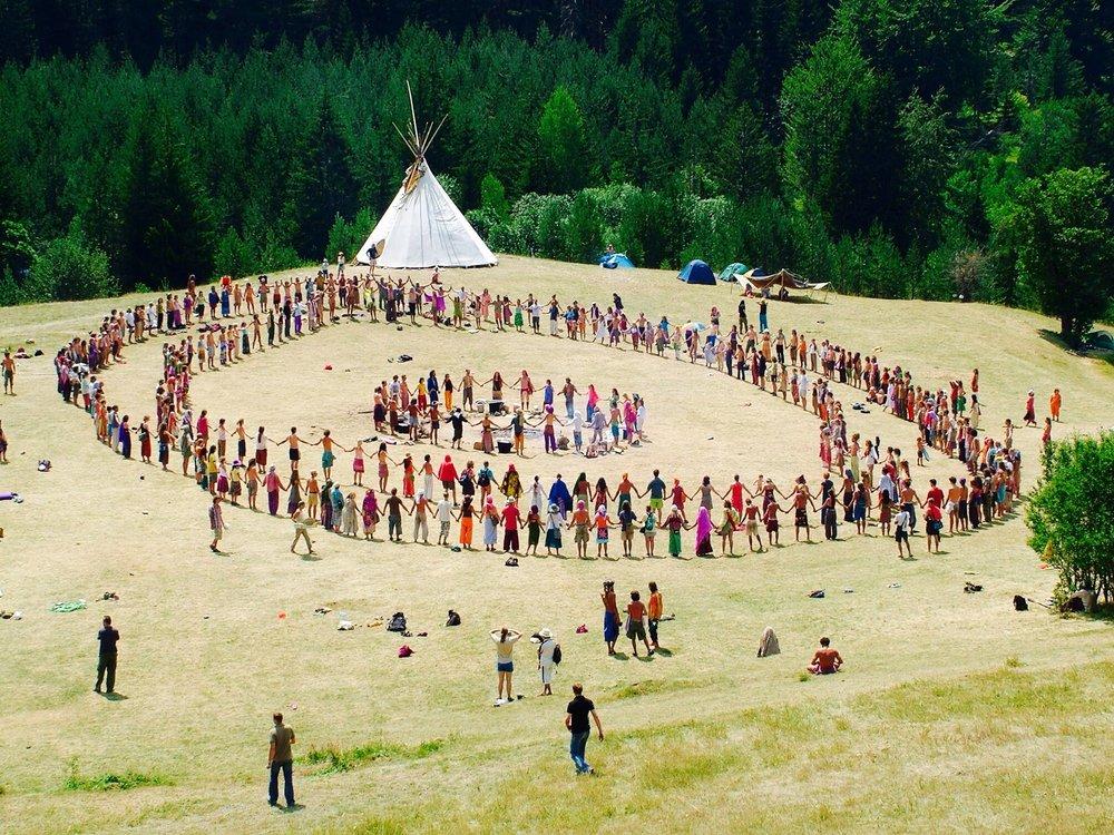 crowd circle teepeemaxresdefault.jpg