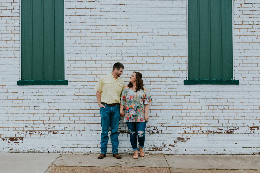 mckenzie-tn-engagement-photos