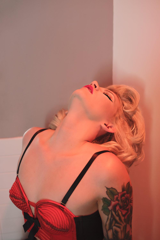 Ginny Rosewater-Duende Boudoir- Elle Allen Hair & Makeup.jpg (23).jpg