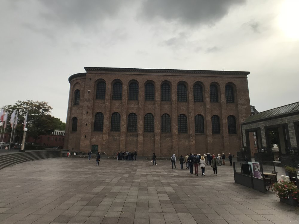 Die restaurierte römische Basilika