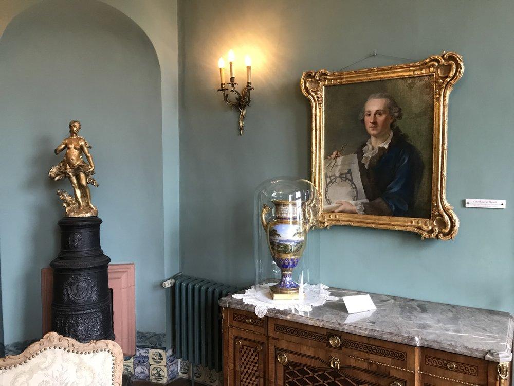 In Raum 7 ist ein Bildnis des pfalz-zweibrückischen Baurats Christian Ludwig Hautt zu sehen. Ferner ist hier eine Prunkvase ausgestellt, die ein Geschenk eines Kronprinzen Friedrich Wilhelm von Preußen an die Familie Böcking war. (Aus den Beschreibungen ist nicht ersichtlich, welcher Friedrich Wilhelm gemeint ist).