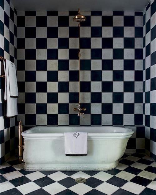 siyah_beyaz_banyo_dekorasyon
