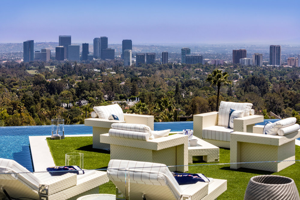 924-bel-air-rd-residential-architecture-houses-los-angeles-hollywood-usa_dezeen_2364_col_0.jpg
