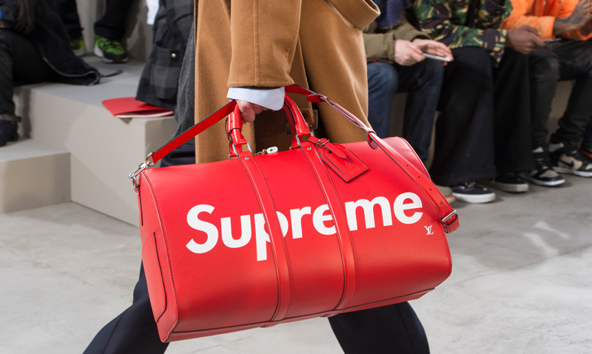 louis-vuitton-supreme-leather-bag-logo-2017.jpg