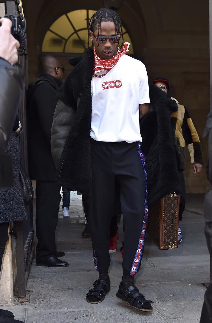 Travis-Scott-Louis-Vuitton-Supreme.jpg