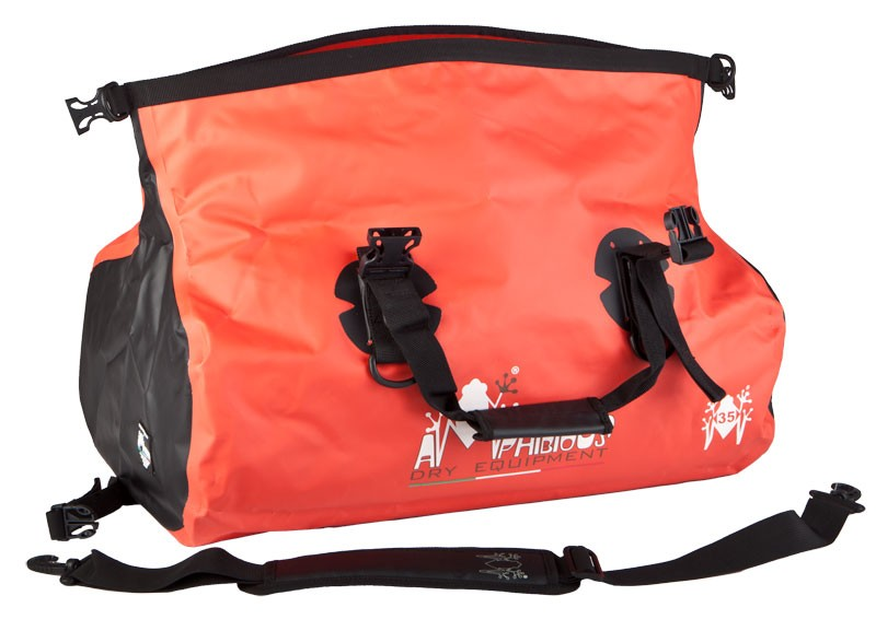 Amphibious_waterproof_kit_bag_2.jpg