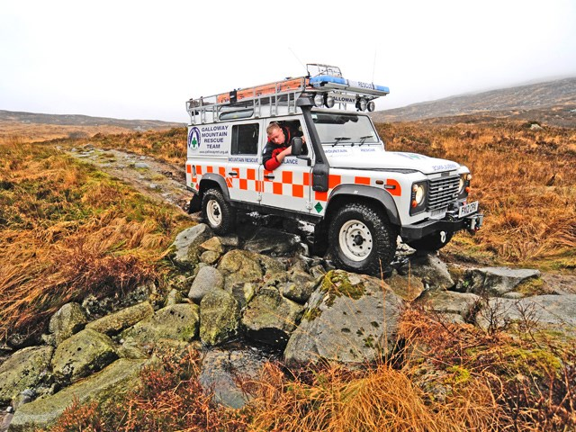 MOUNTAIN RESCUE DEFENDER MODEL_2.jpg