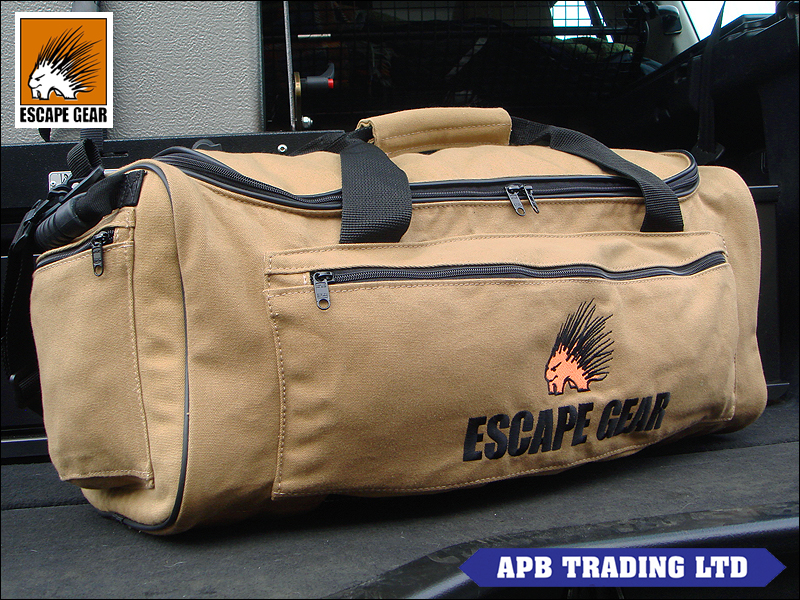 CANVAS OVERLAND SAFARI TRAVEL BAG_2.jpg