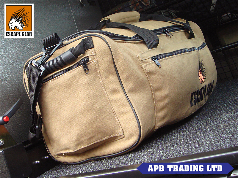 CANVAS OVERLAND SAFARI TRAVEL BAG_3.jpg