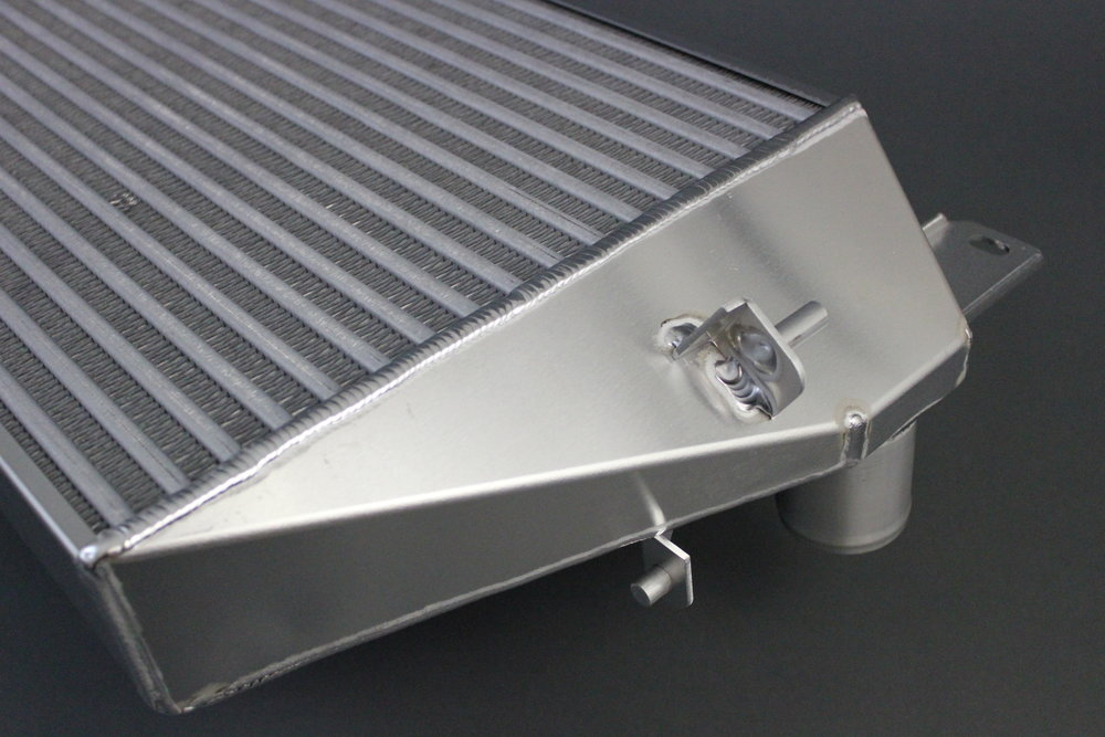 NEW LIFT TECHNOLOGY PUMA 2.2 TDCI INTERCOOLER_4.jpg