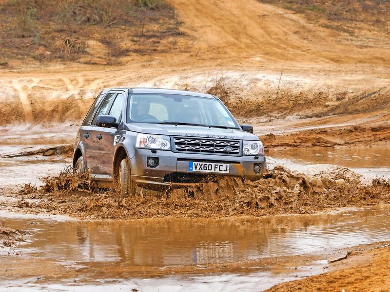 Freelander-2-mud.jpg
