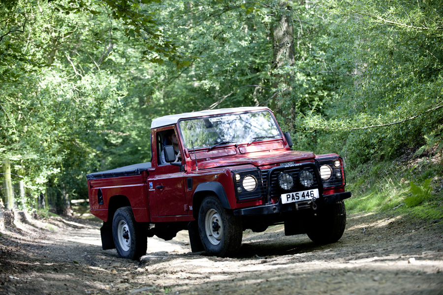 110_Hi-Cap_Land_Rover.jpg