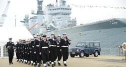 HMS_Defender_med.jpg
