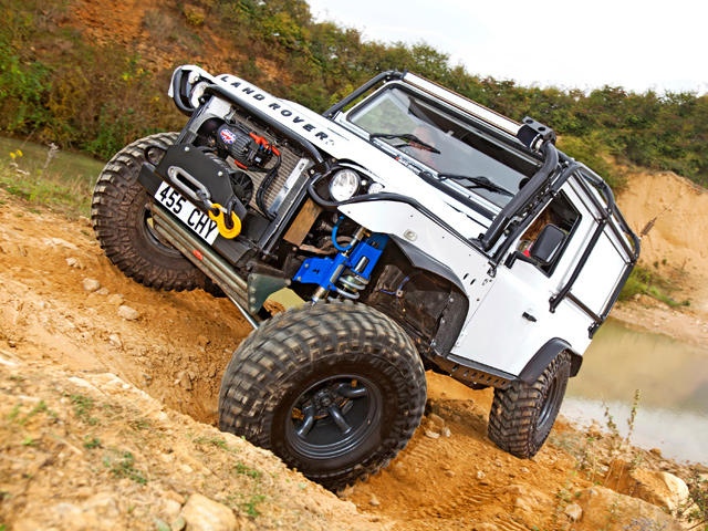 Defender 90 Modified With Formula One Engineering Skills  U2014 Lro