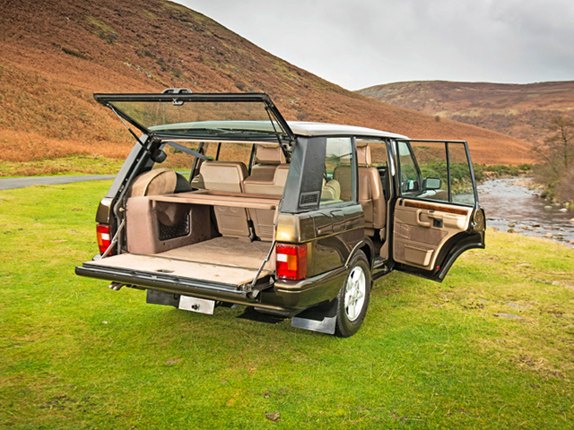 restored dire straits range rover classic lse lro. Black Bedroom Furniture Sets. Home Design Ideas