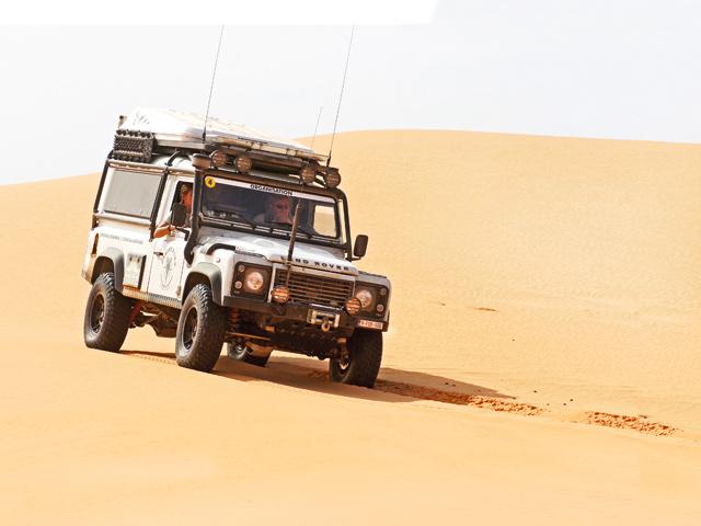 DESERT-FOXX-110-EXTRA-PICS-IN-AFRICA07_rt.jpg