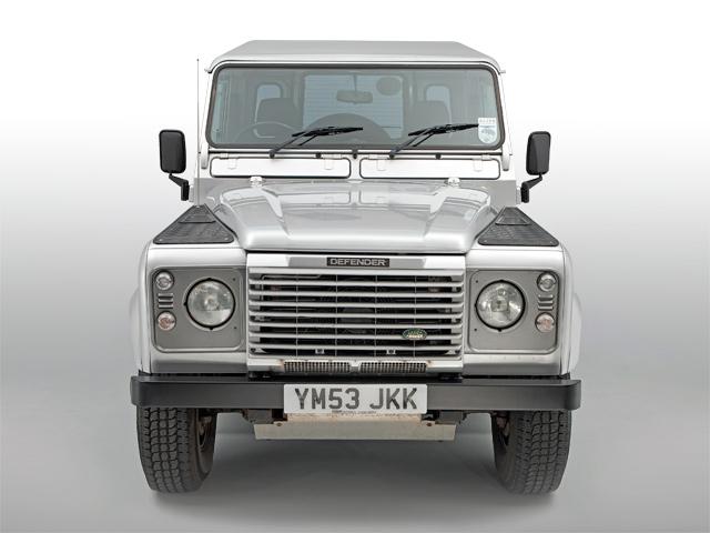 Land_Rover_Defender_Td5_front.jpg