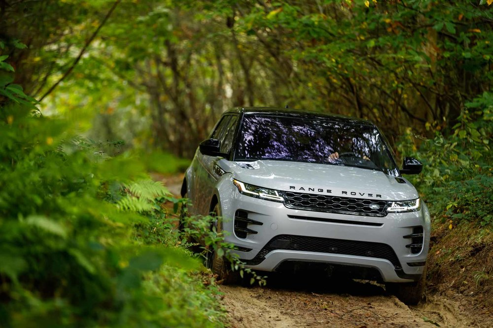 Evoque-2-off-road.jpg