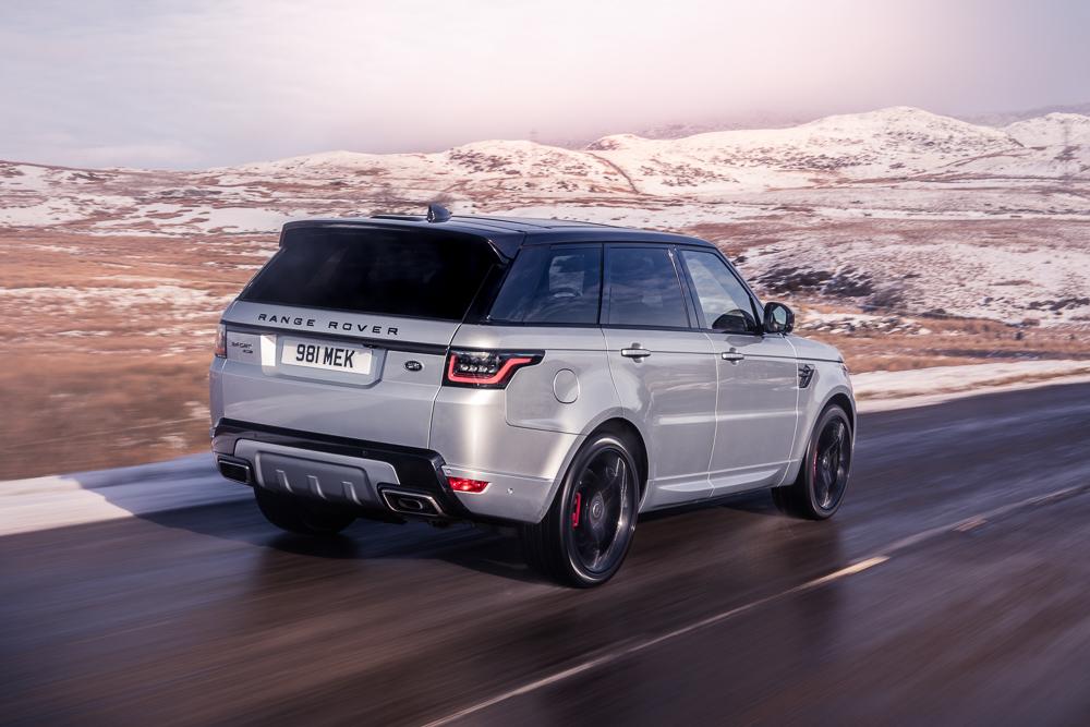 Range Rover Sport HST rear