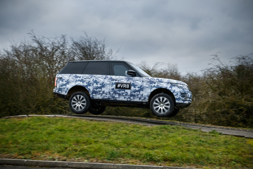 3.5-tonne Range Rover Sentinel is on upgraded rims and run-flat tyres. They'll take a pounding…