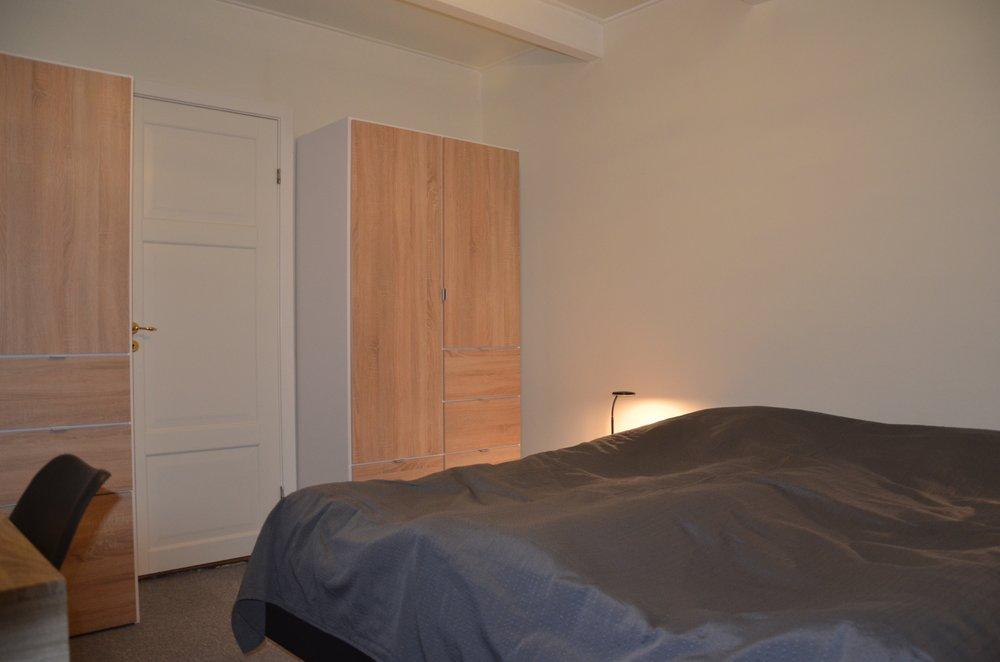 E Rooms 8.JPG
