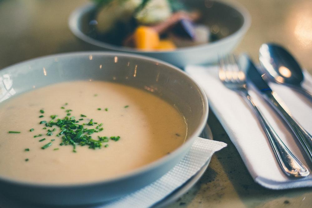 de-klub-lunch-soep-salade-1.jpg