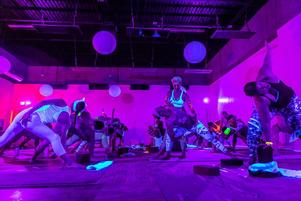 Homegrown Power Yoga Flow & Glow class 499A0035_P.jpg