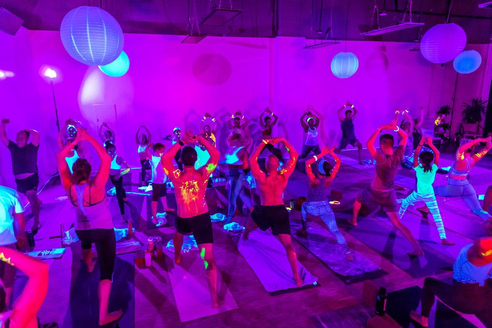 Homegrown Power Yoga Flow & Glow class 499A0089_P.jpg