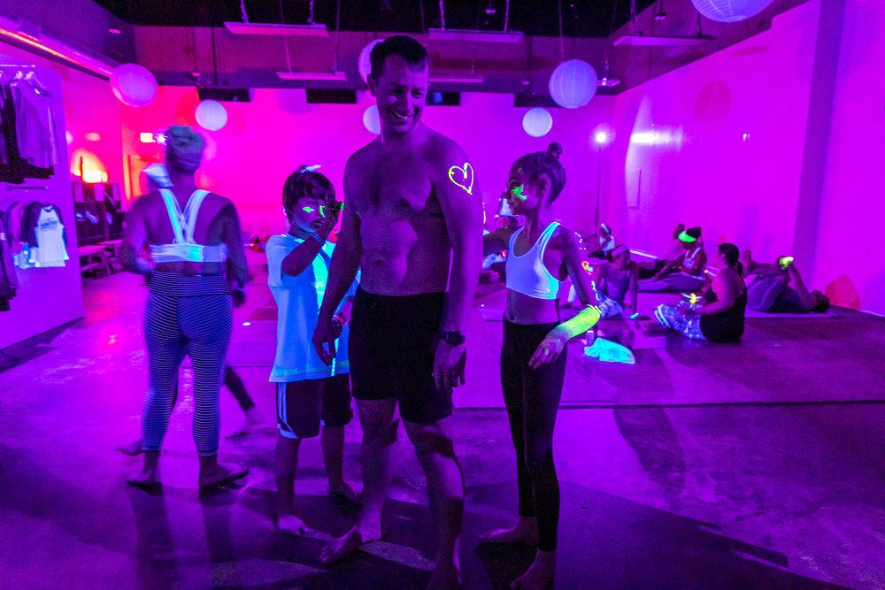 Homegrown Power Yoga Flow & Glow class 499A9925_P.jpg