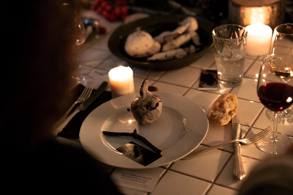 COCO, YOKO & BELL_DINNER 1_84.jpg
