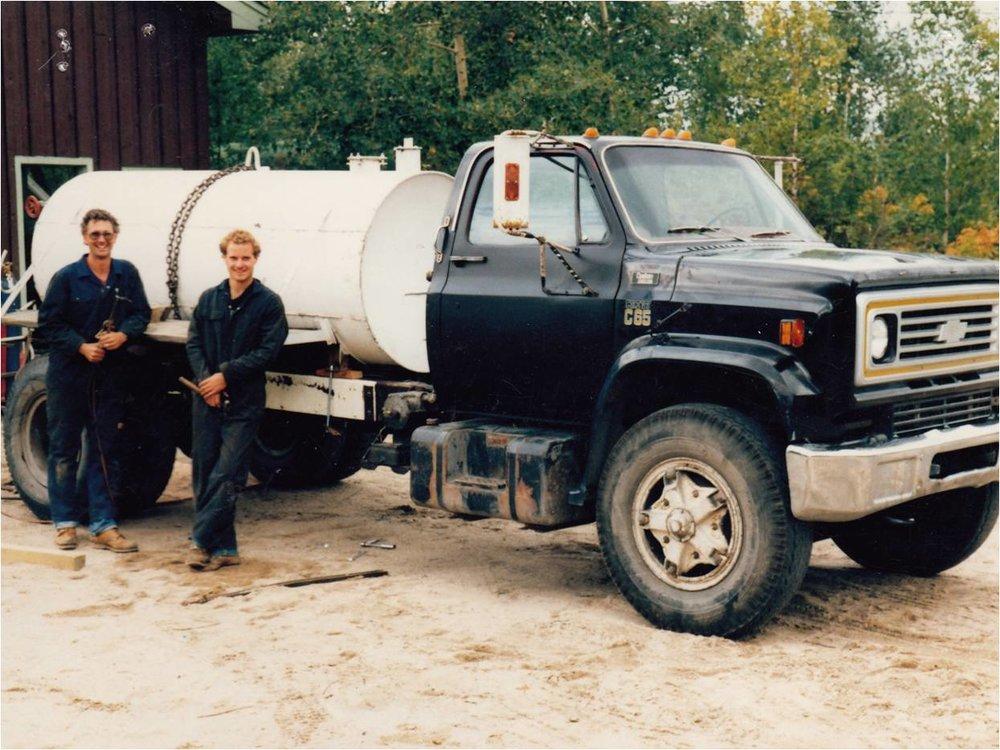 Honey Wagon 1987 & Lee & Nolan.jpg