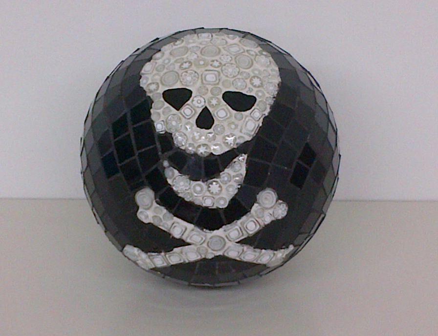 skull moon.jpg