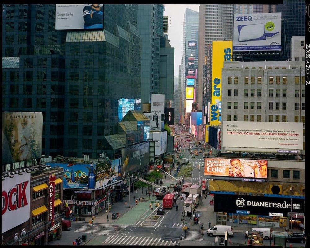 Correspondance N°1/9. 1er mai, 6 h 57, Time Square.