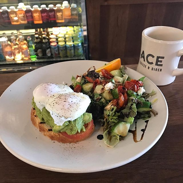 It's cold outside, come warm up with some Avocado toast and a hot cup of ACE Coffee. #yyc #yycfoodie