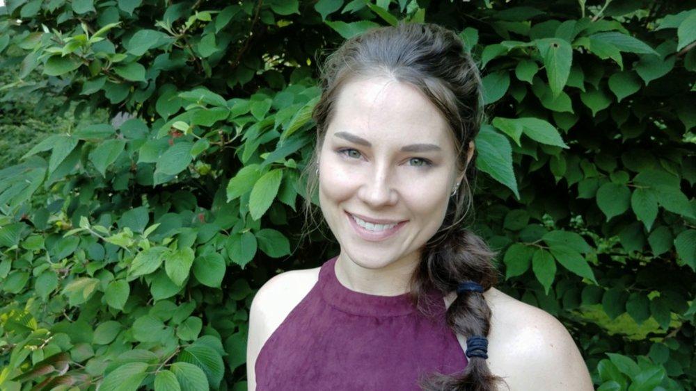 Lauren Hartlett VA Copywriter