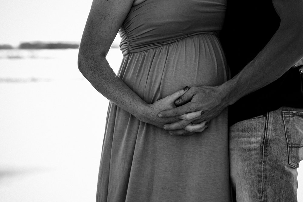 maternity-photographer-san-clemente-1.jpg