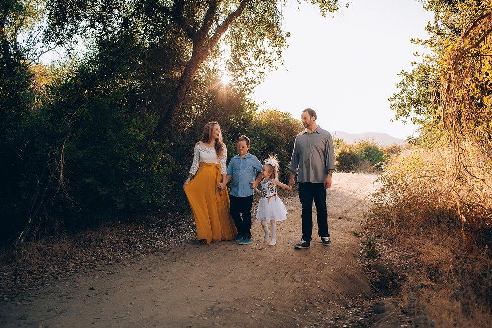 joshua-tree-family-photographer_0002.jpg