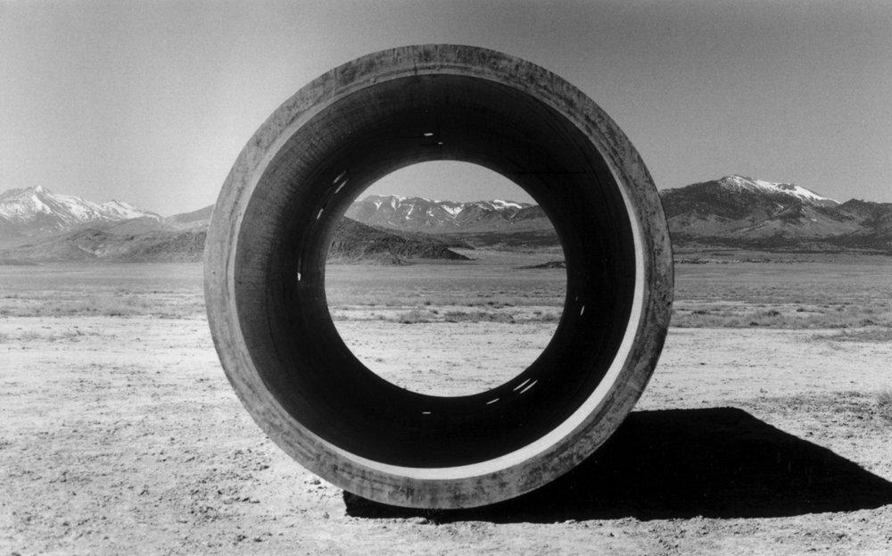 Nancy Holt, Sun Tunnels, 1973-1976, Lucin, Utah, crédit :  Retis