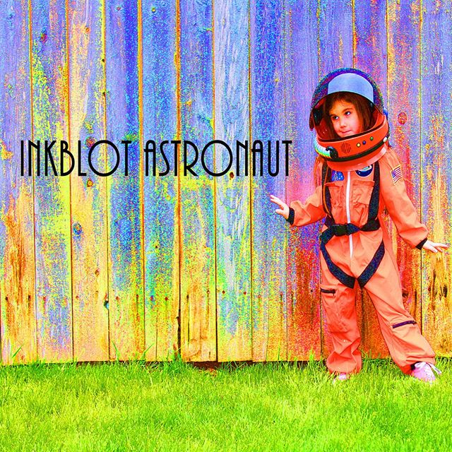 #HappyNewYear! Celebrate by checking out this week's episode of #waitforthedawn. In addition to hearing from the renowned @iamjeremiahb, we also get to hear the awesome rock song Sky by Inkblot Astronaut! . . . . #newmusic #greatmusic #listenup #tuneinnow #rockmusic #rocksong #podcastmusic #musicminute #sky #newyears #newyear #newyearsday #listennow #inkblotastronaut