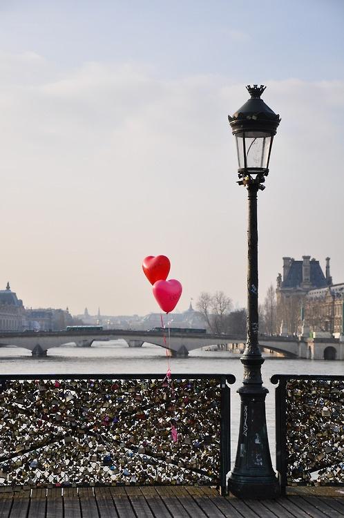 Valentine Paris