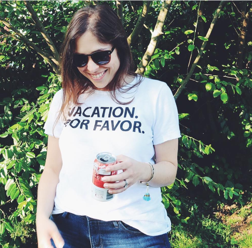 Vacation Por Favor Tee