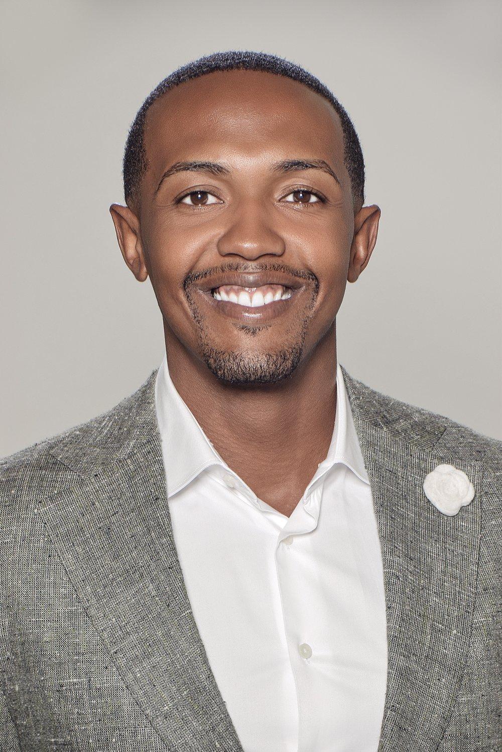 Cornelius Lindsey |Senior Pastor