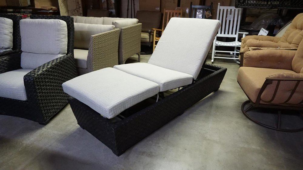 LEEWARD CHAISE LOUNGEONE ONLY - ARMLESS WOVEN CHAISE WITH KNEE BENDDOES LAY TOTALLY FLATGODIVA WEAVE - SUNBRELLA CUSHIONDRAIN THRU CASING & CORE (LANEVENTURE)CLEARANCE: $599.99