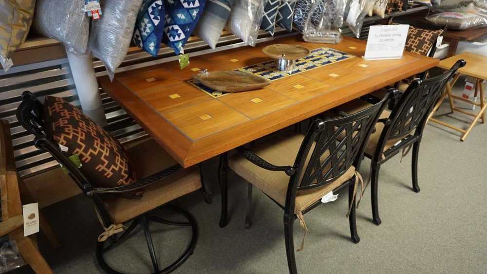 VILLA ROSSA 7PC. DININGITALIAN TILE TEAK TABLE - CAST ALUMINUM / INCLUDES SUNBRELLA CORK CUSHIONS2 SWIVELS & 4 DINING CHAIRS & TABLECLEARANCE: $2499.99