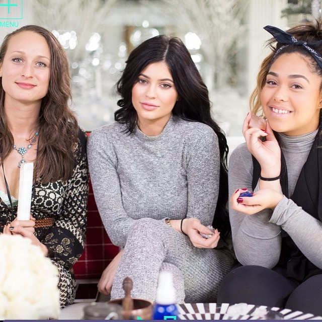 WATCH: Kylie Jenner Would Like to Teach You About Crystal Healing via Celeb buzz