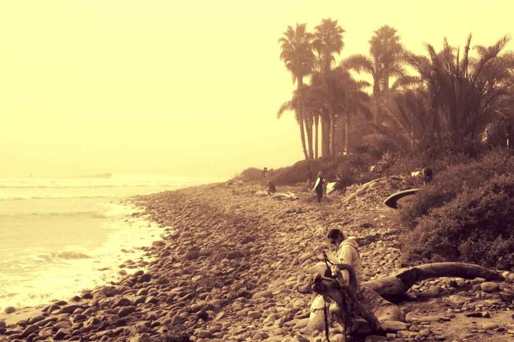 Wie aus der Zeit gefallen: Rincon Point an einem nebligen Sommermorgen