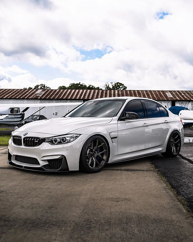 I think this is the perfect setup for an M3, clean and simple! | Owner: @khalidhm  #FirstClassFitment #FCF2018 #canibeat  #BMWrepost #BMWMrepost #bmw #m3