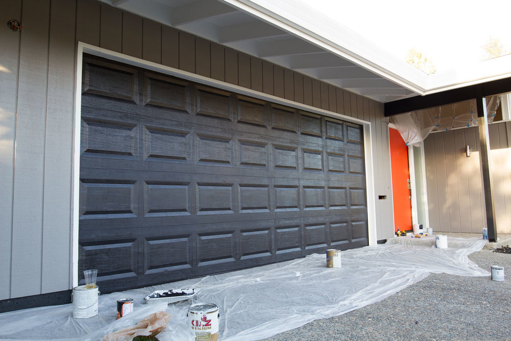 Ext-Front-During-Garage_IMG_9773.jpg