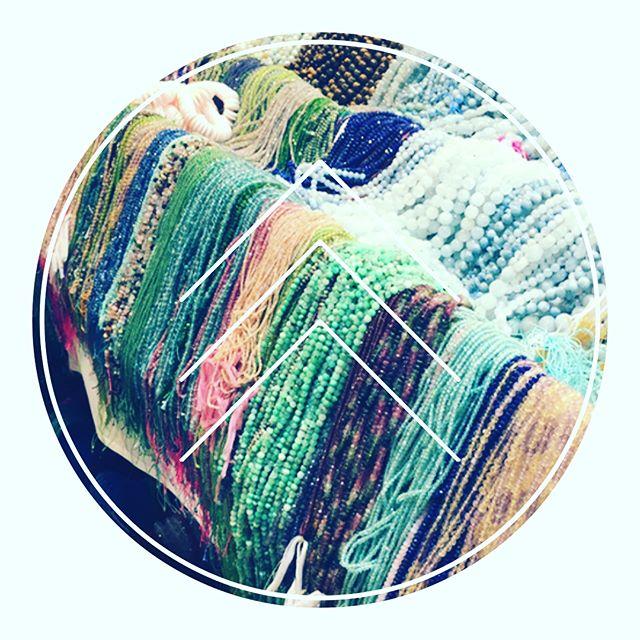 Bead Show @beadshows #clientshopping #wholesalers #smallbusiness #socialmedia #vibesconsulting #gemstonejewelry #swarovski